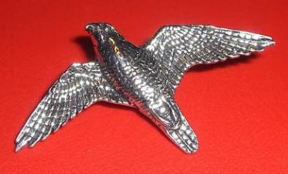 Pewter Peregrine Falcon in Flight Badge